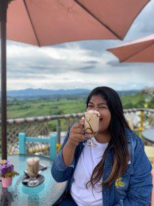 Disfrutando de un cafe en el eje cafetero