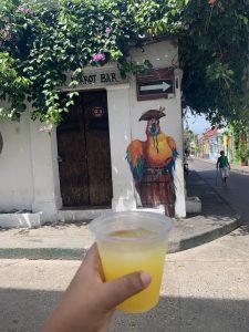 Disfruta jugo de naranja cartagena