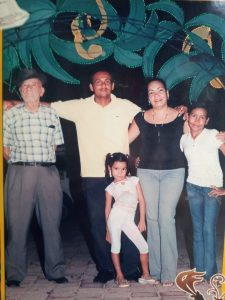 Familia guia Ciudad Perdida
