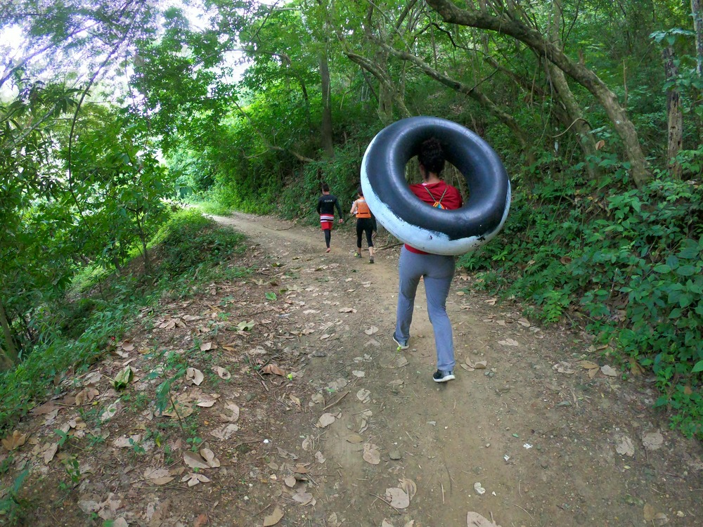 Tubing in Buritaca - Tayronaca Tour Colombia